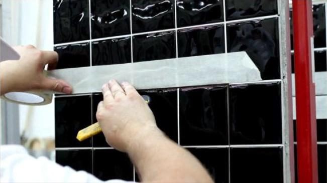 Скотч для предотвращения загрязнения плитки