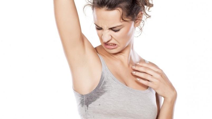Пятно от использования дезодоранта