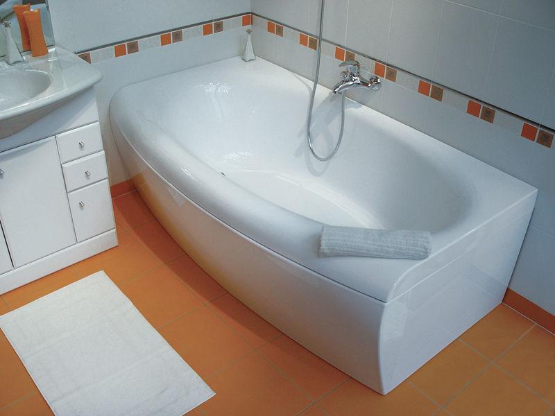Регулярный уход поможет сохранить ванну чистой
