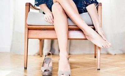 Искусственная обувь