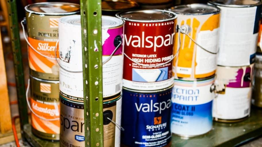 Хранение краски вне дома