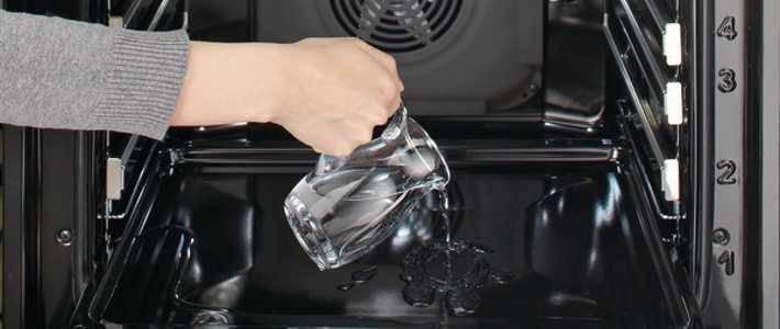 Вода для очистки духовки