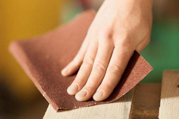 Наждачная бумага для очистки швов между плиткой
