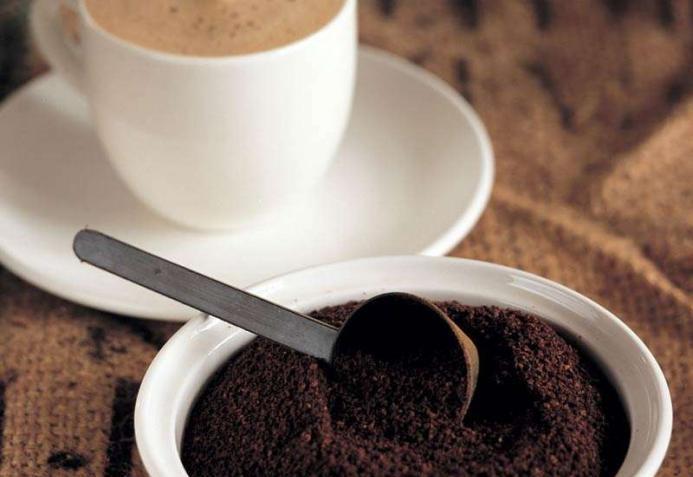 Кофе в борьбе с запахами из микроволновки