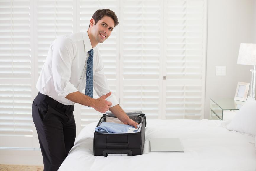 Приятно доставать из чемодана глаженую рубашку