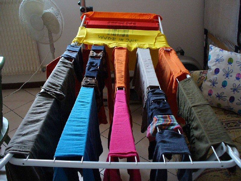 Сушка одежды перед уборкой в шкаф